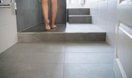家里厨房马上要贴瓷砖了,瓷砖填缝剂该怎么挑选?